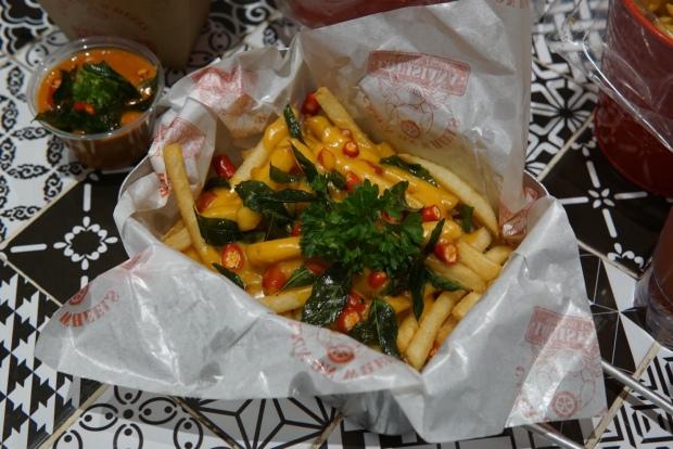 Pasarbella Cajun on Wheels Loaded Fries