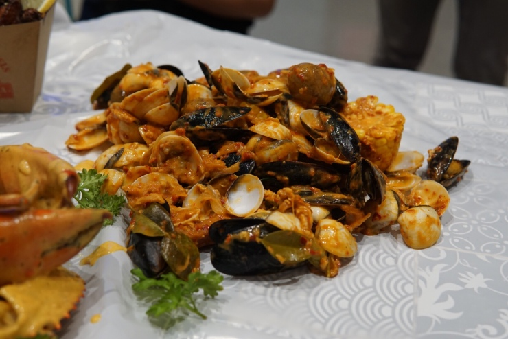 Pasarbella Cajun on Wheels Flexing Mussels